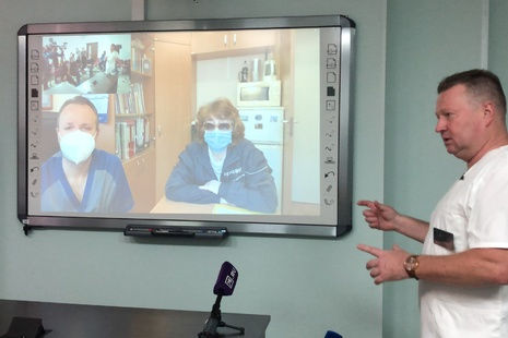 Сегодня из ГБУЗ «Городская больница № 40» выписалась первая в России пациентка, прооперированная на модернизированном комплексе da Vinci XI